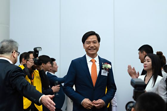 Xiaomi Has Chance to Justify Lofty Valuation After 20% Slide