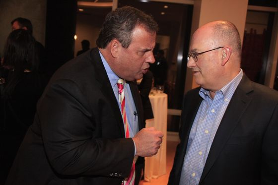 Chris Christie Talks Democratic Race at Steve Cohen's Place