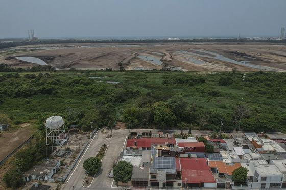 Pemex Is Building Refinery in Green Area It Promised to Protect