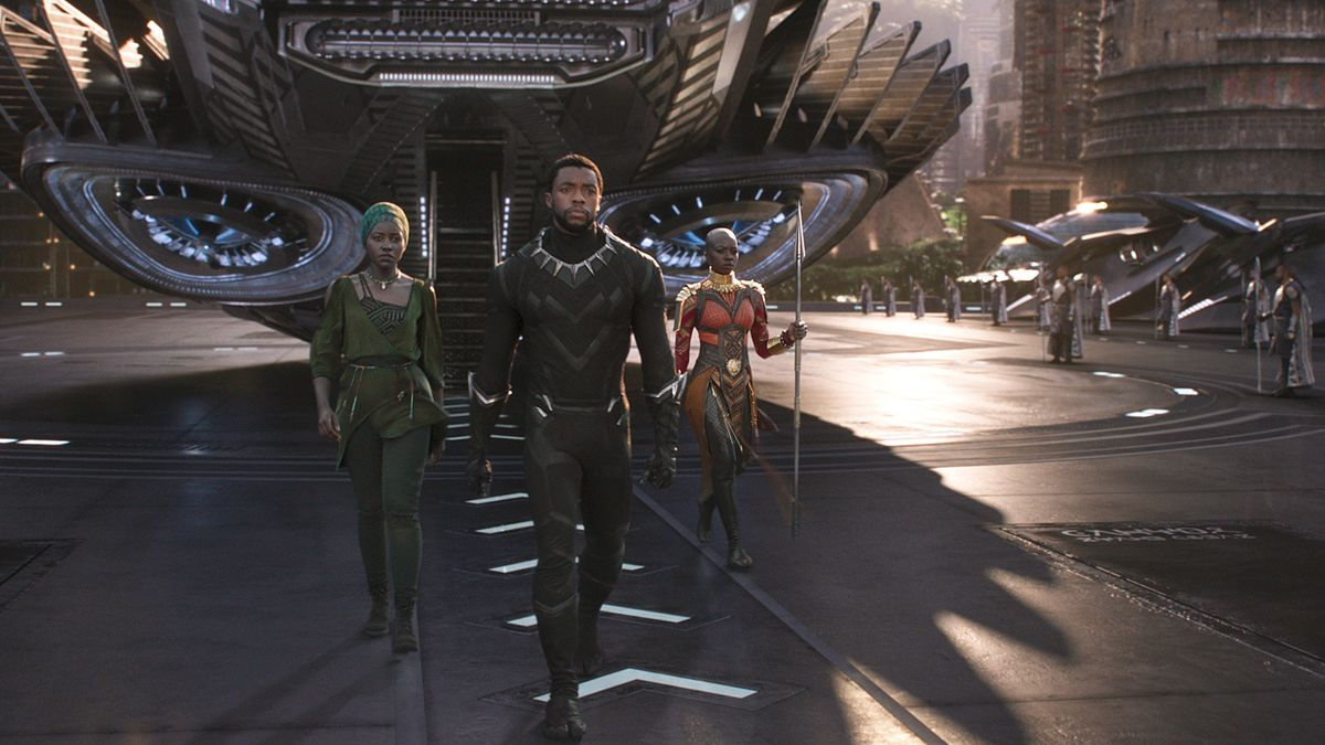 'Black Panther' Posts Record Debut for Disney Superhero Movie