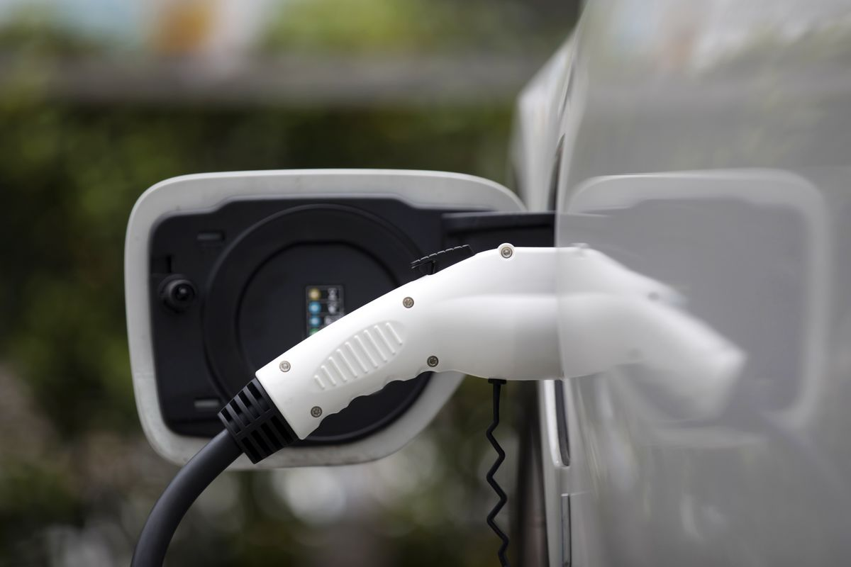 GM, Shell Join Forces to Expand EV Provision in U.S.