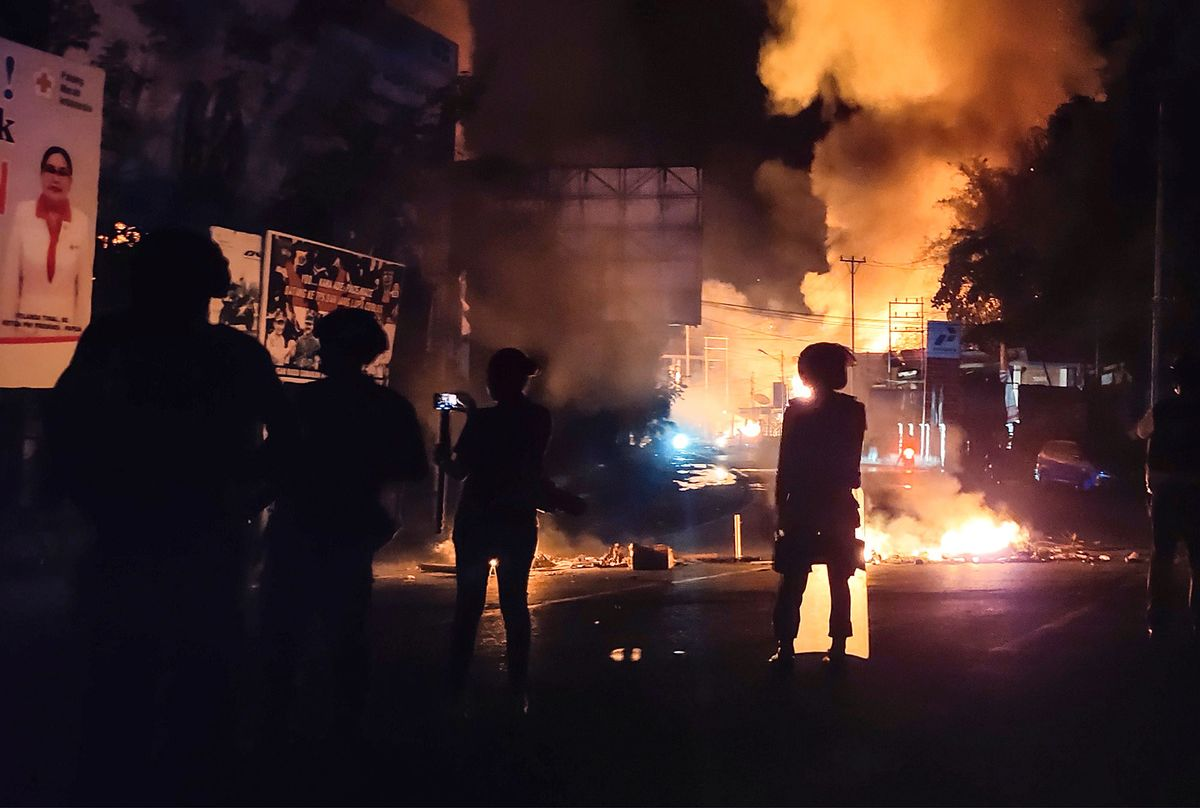 Violent Papua Protests Undermine Jokowi's Costly Charm Offensive