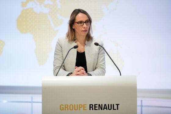 Renault Quarterly Sales Decline on Emerging-Markets Plunge