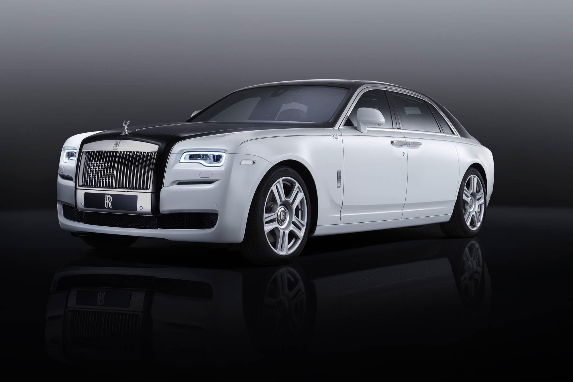 The Rolls-Royce Ghost Inspired by the Greats