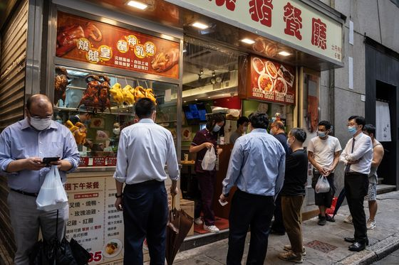 Pressure Grows on Hong Kong to Re-Open Economy as Cases Drop