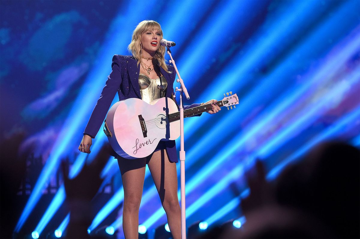 Taylor Swift Keeps Paying Off for Universal Music Owner Vivendi