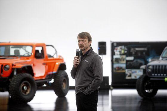 Marchionne's Successor Struggles to Put Fiat on Turnaround Path