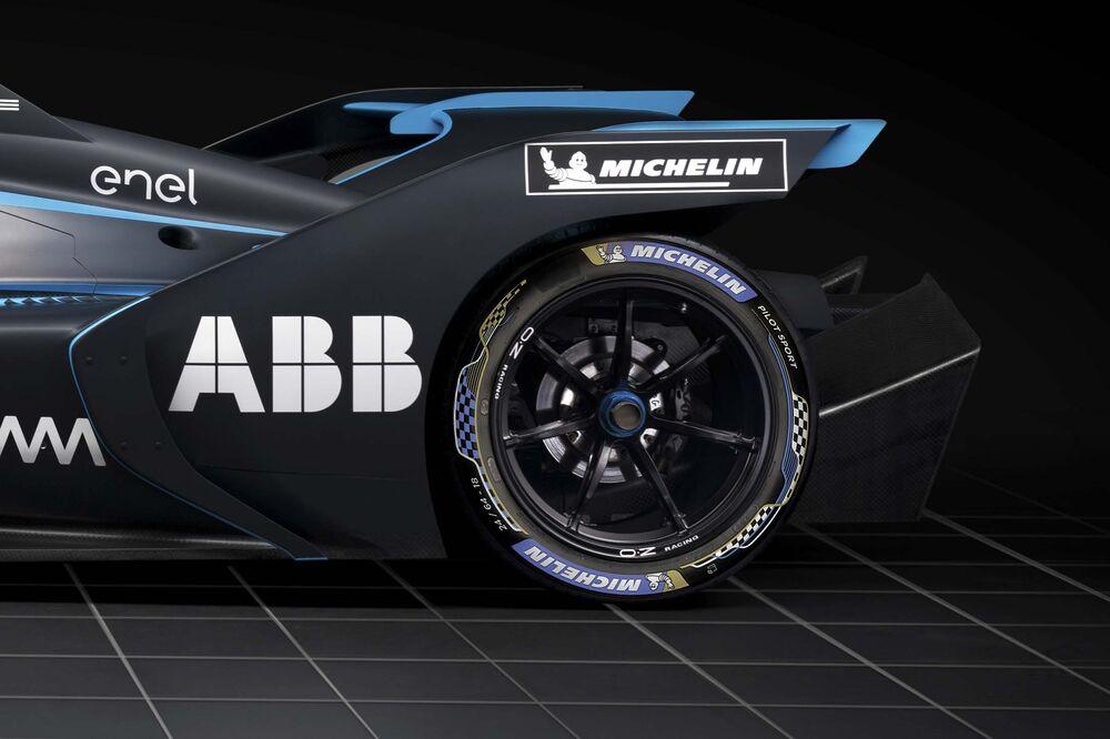 Take a Peek at the Insane Formula E Racecar That Launches in 2019