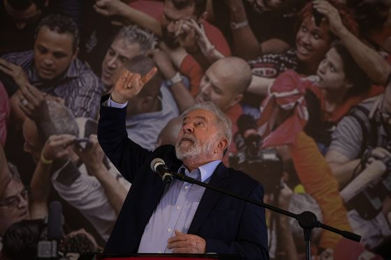 Lula Would Beat Bolsonaro in Brazil's Election, Poll Shows