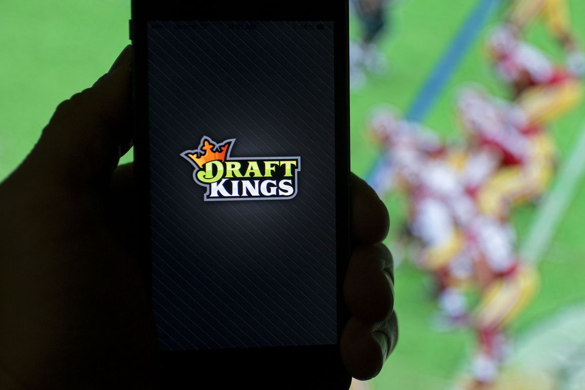 DraftKings Shunned Even as Wall Street Heavyweights Say Buy