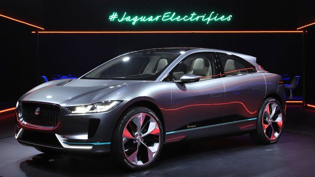 Jaguar Joins Electric-Car Competition With Long-Range SUV