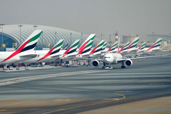 Emirates Aims to Stay Put for a Decade as New Dubai Hub Falters