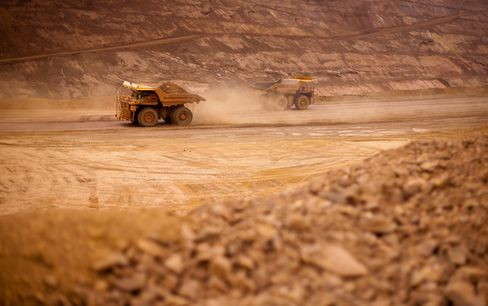 Rio Tinto First-Quarter Iron Ore Output Misses Estimates