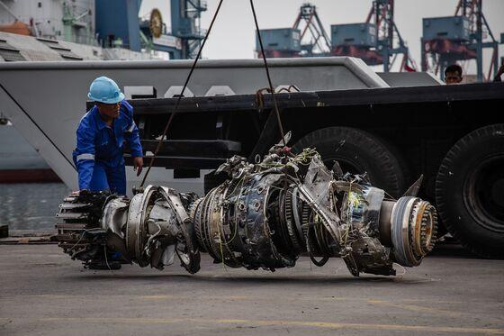 Lion Air Pilots Battled Confusing Malfunctions Before Crash
