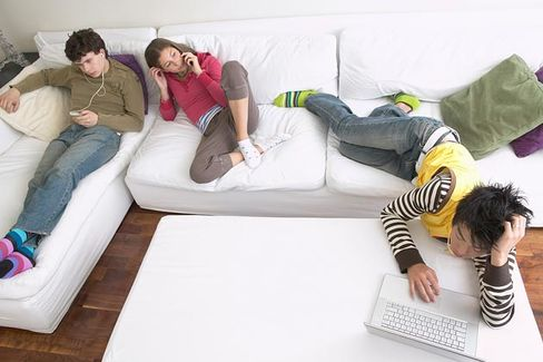 Facebook Fatigue Among Teens Should Freak Out Marketers