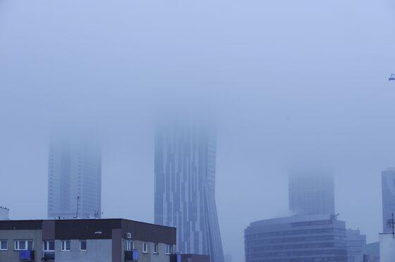 Poland Backtracks in $28 Billion Battle With EU's Worst Smog