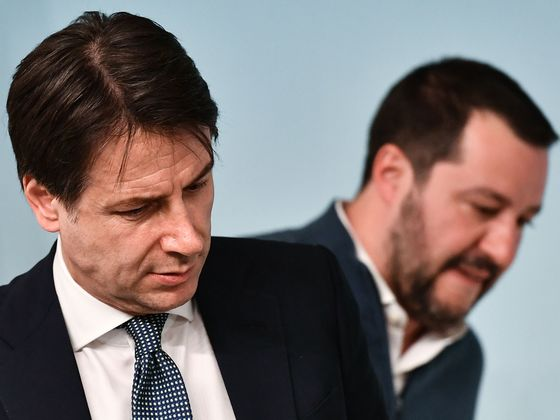 Conte Takes On Salvini as League Chief Weakened by 'Russiagate'
