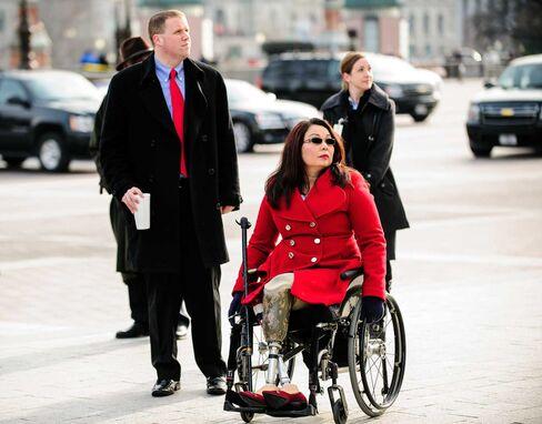 Representative Tammy Duckworth is the leading Democratic challenger to Senator Mark Kirk.