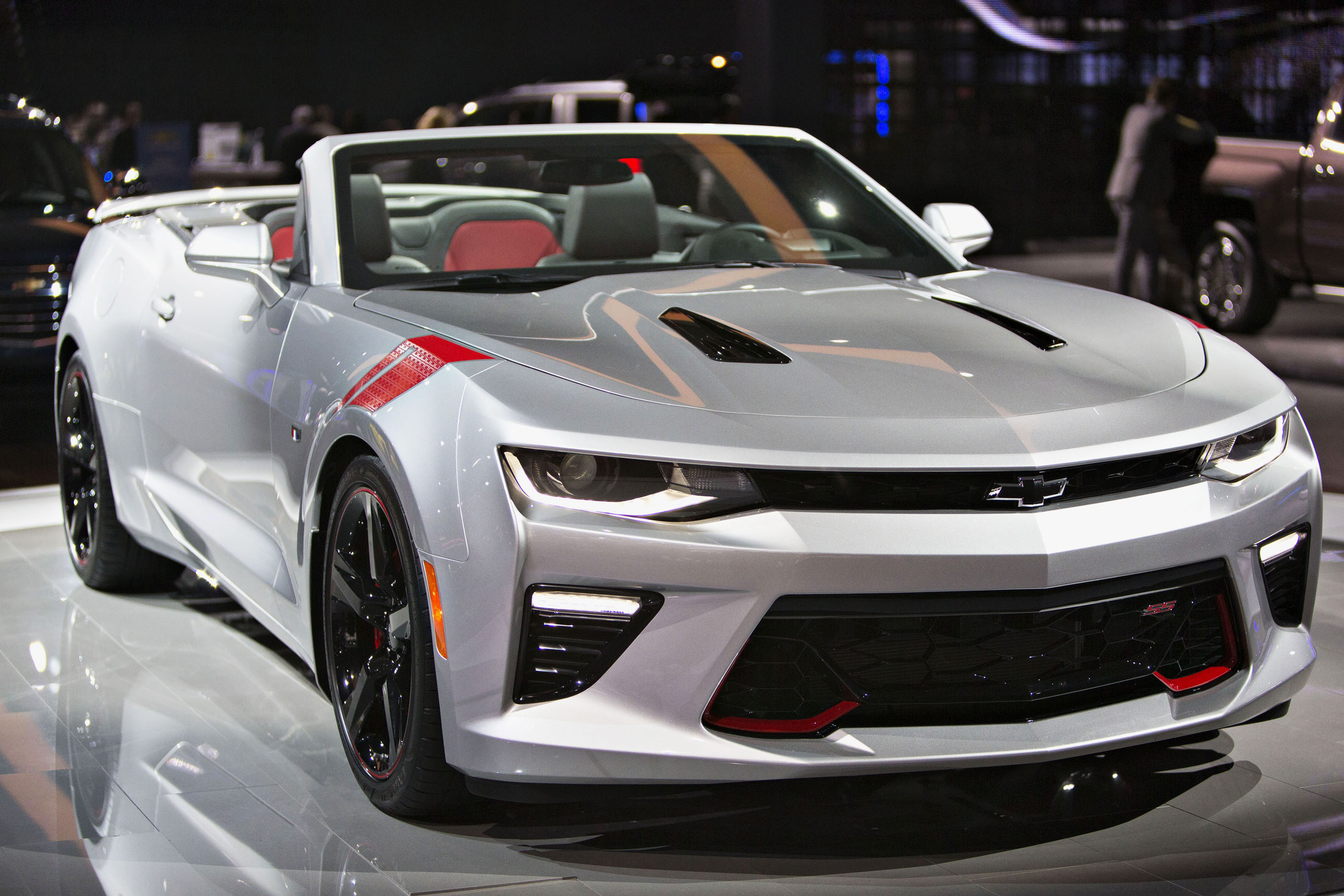 best cars at los angeles auto show 2015 bloomberg. Black Bedroom Furniture Sets. Home Design Ideas