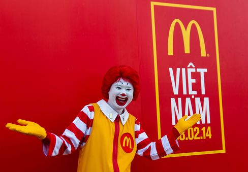 McDonald's Vietnam Served 400,000 in First Month, Owner Says