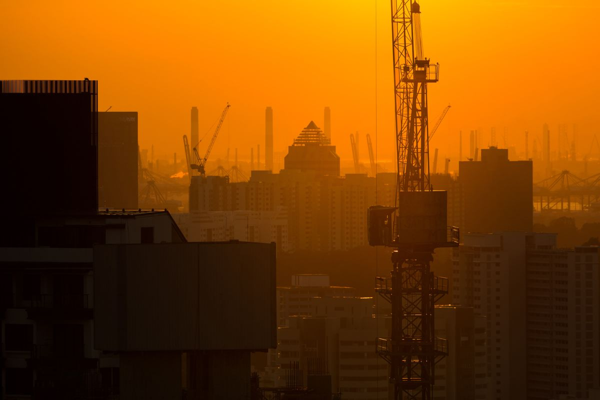 Singapore's Economy Gains 3.8% as Construction Rebounds
