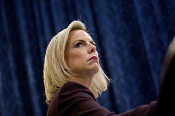 Democrats Clash With Nielsen Over 'Cages'for Undocumented Kids