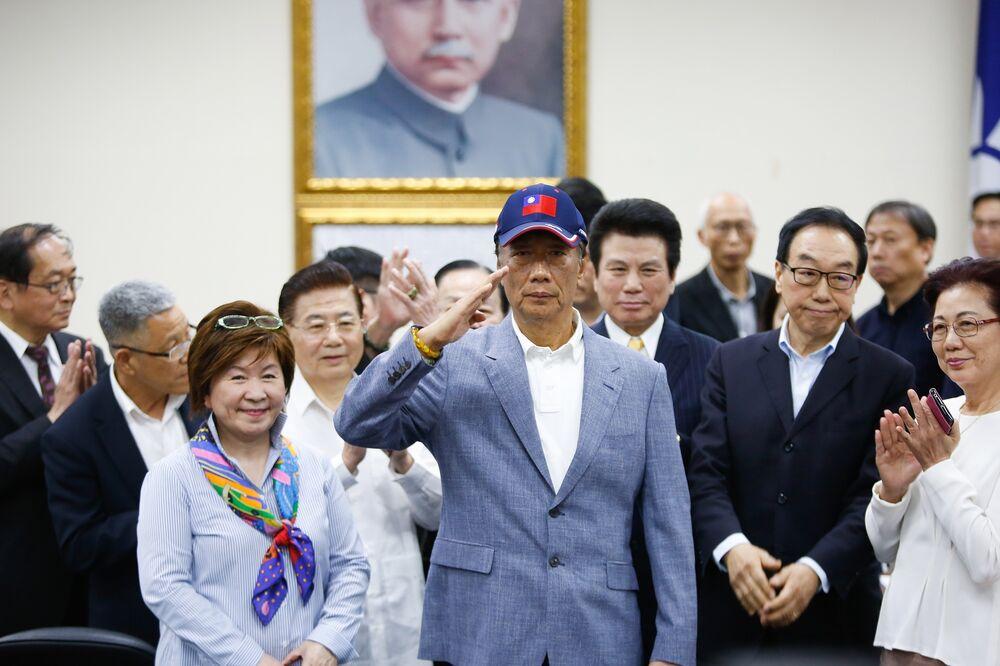 Foxconn's Gou: Sea Goddess Tells Me to Run for Taiwan President