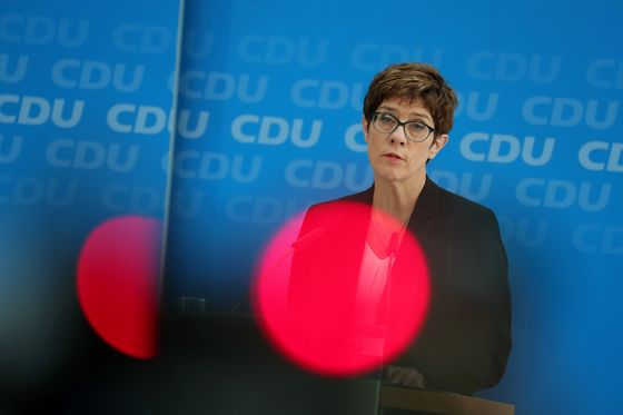 Merkel Coalition Tries to Steady the Ship After Resignation
