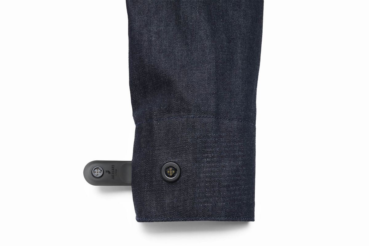 "A removable ""smart tag"" allows the jacket to connect to your phone or tablet via Bluetooth."