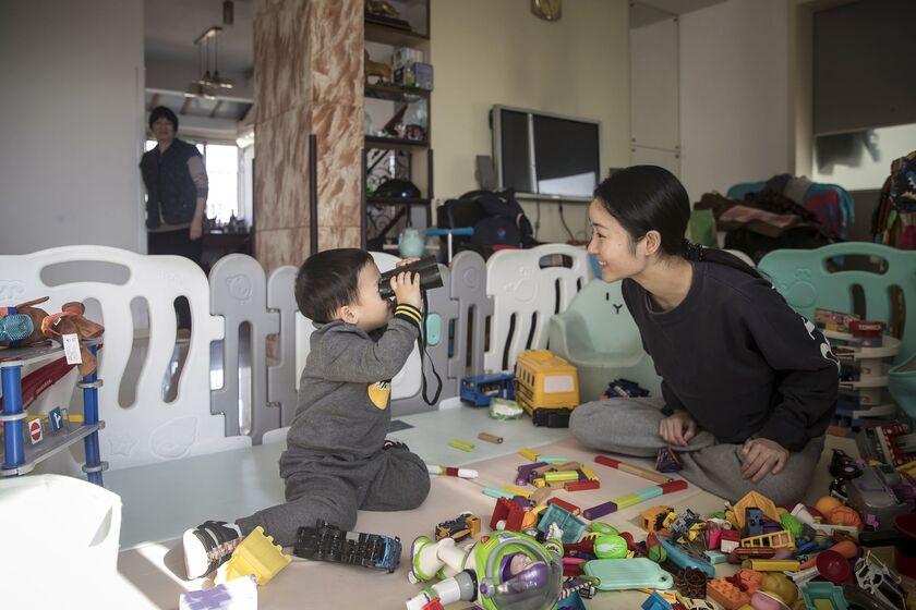 relates to 「うちの子天才になるかしら」-赤ちゃんのDNA検査する中国の親たち