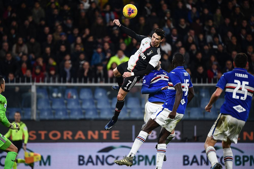 qatari broadcaster lets screens go blank on italian soccer bloomberg qatari broadcaster lets screens go