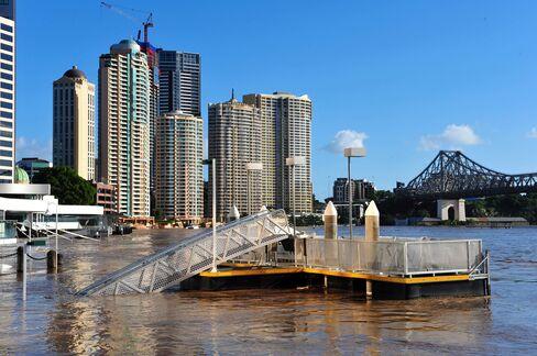 Brisbane Reels From Flood Damage as Deaths Mount