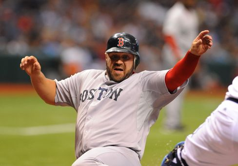 Mets Get Catcher Shoppach From Red Sox for Player to Be Named