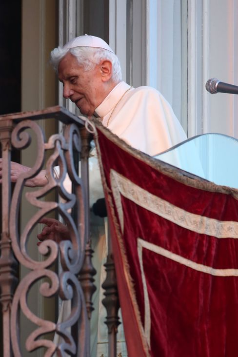 Benedict Shuts Convent Doors on Scandal-Tainted Papacy