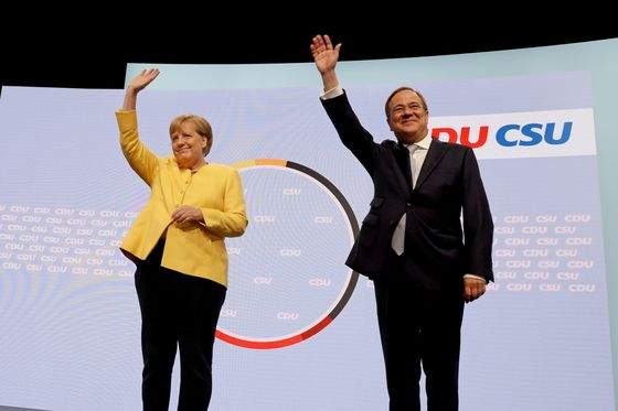 Merkel Rallies Conservatives to Fight for Embattled Successor