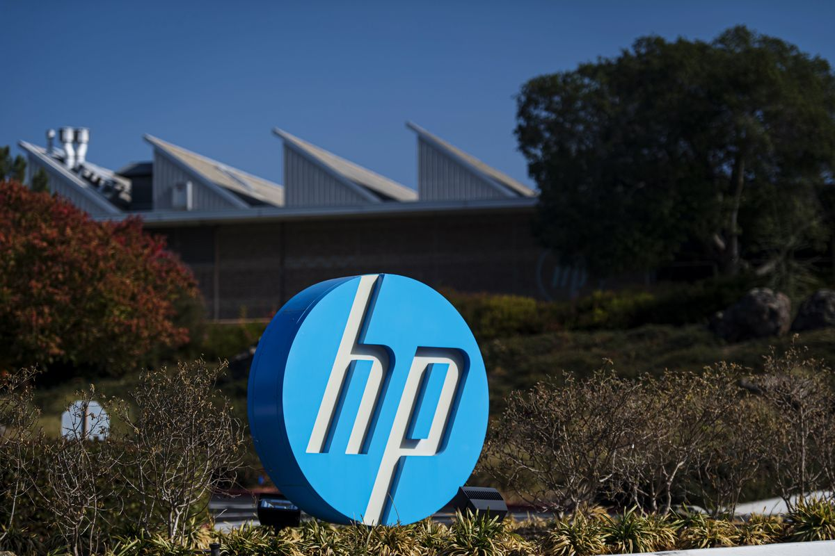HP to Return $16 Billion to Investors to Parry Xerox Takeover