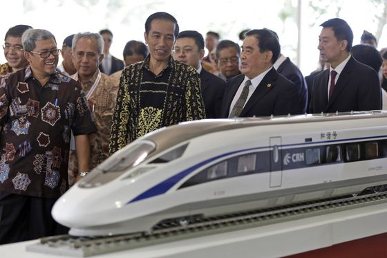 Indonesia May Be Next Asian Country to Spurn China in Election