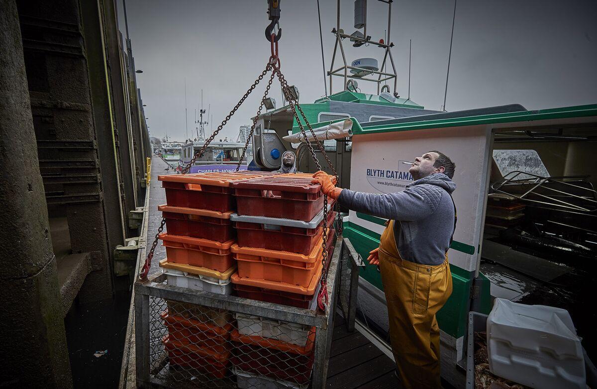 France May List Measures Against U.K. This Week in Fishing Row