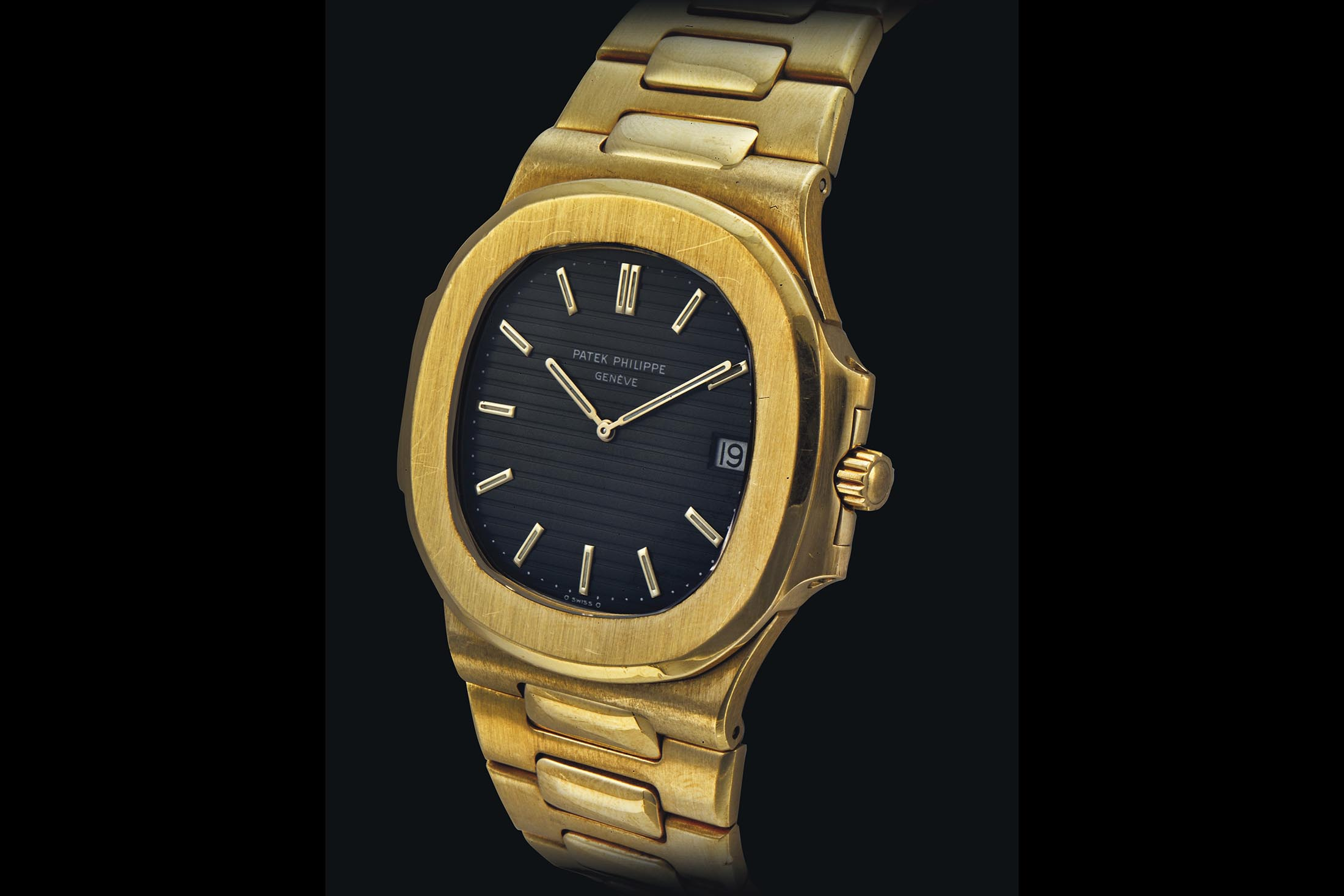 Patek Philippe 18K Gold Nautilus Automatic Wristwatch
