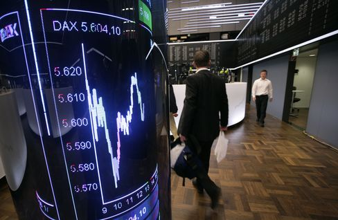 European Stocks Rise for Second Day as Spanish Debt Demand Gains