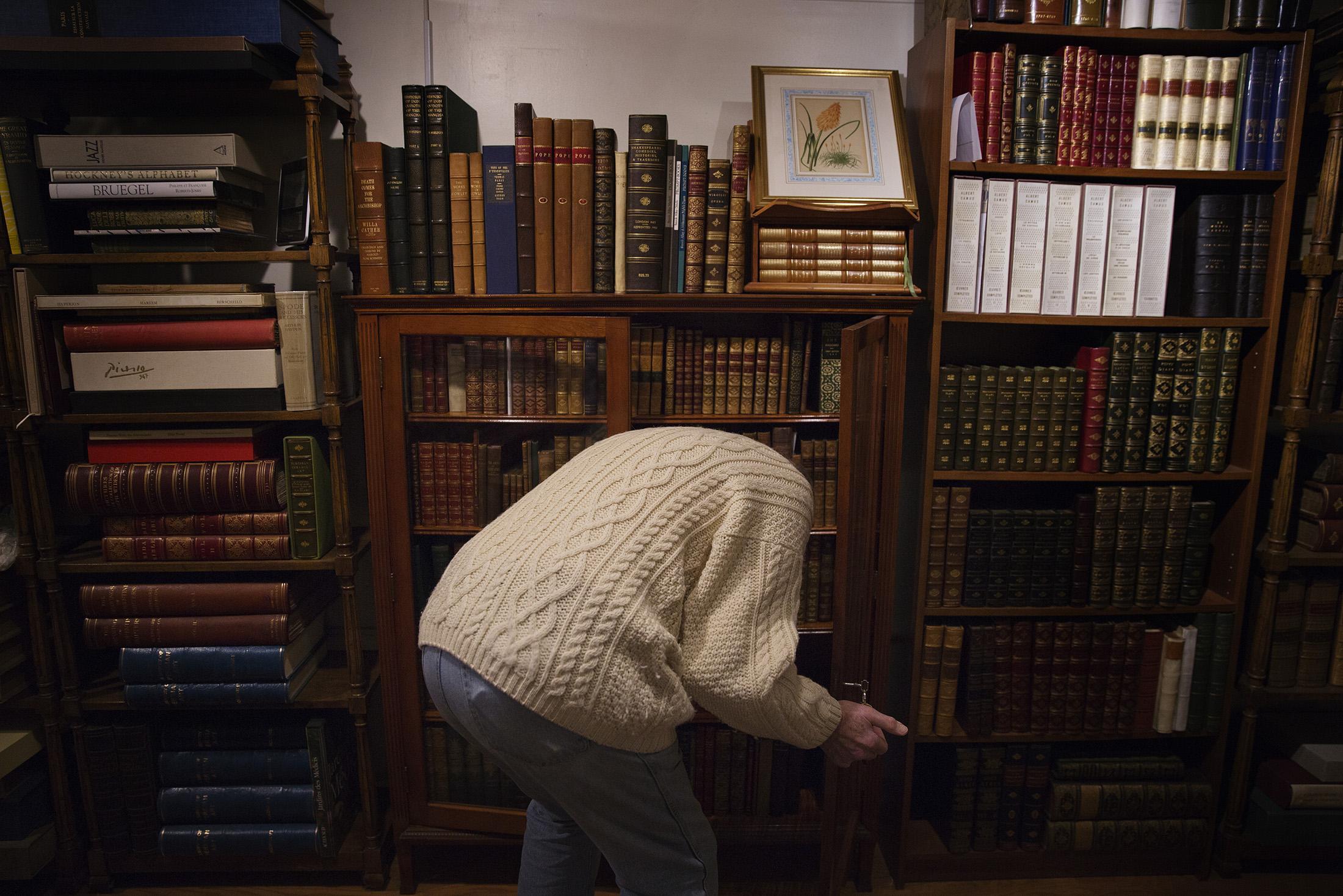 Pryor Johnson Rare Books