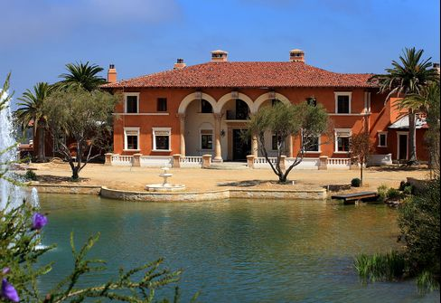 Bankrupt Agent's $87 Million Villa Up for Auction