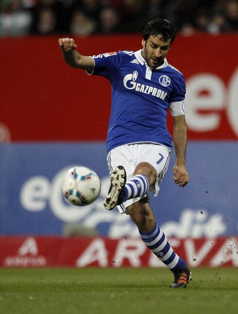 Schalke's Spanish Striker Raul