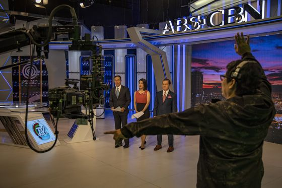 Shuttered ABS-CBN's Newscast Gets 8 Million Facebook Views