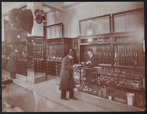 A store interior in 1913
