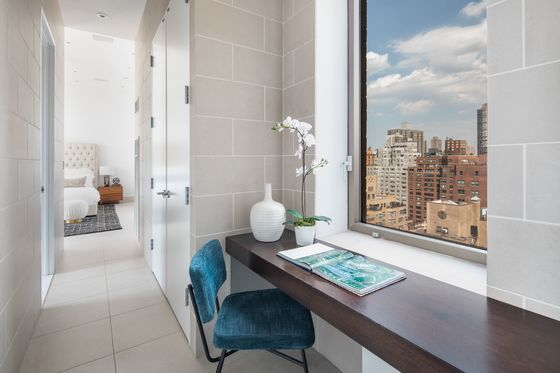 New York's Luxury Real Estate Slump Could Stretch Into Fall