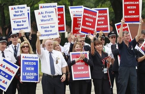 American Flight Attendants Vote to Accept Final Contract Offer