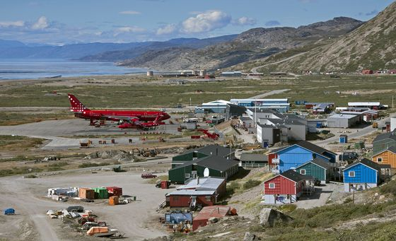 Danish Air Force Extends Deal on Greenland Airport Beyond 2023