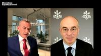 relates to UBS Chief Economist Donovan on Investing in Equity