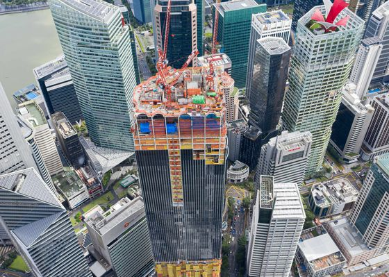 JPMorgan's New Singapore Home Still Trying to Find Tenants